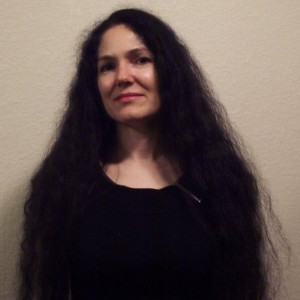 Lisa Lane - US Editor